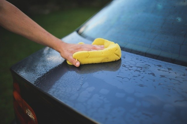 初めて水なし洗車してみました。